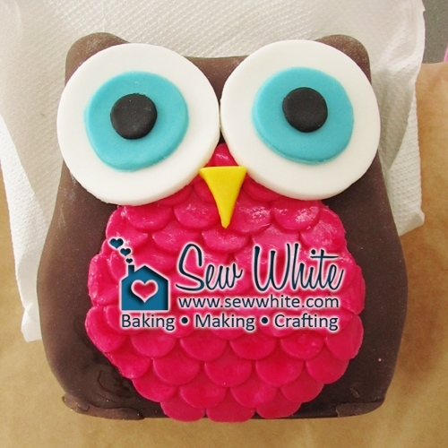 Astounding Owl Birthday Cake Tutorial Part 2 How To Make An Owl Cake Funny Birthday Cards Online Elaedamsfinfo