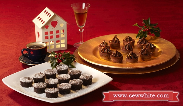 Sew White Christmas 2014 food and drink 15 frozen puddings
