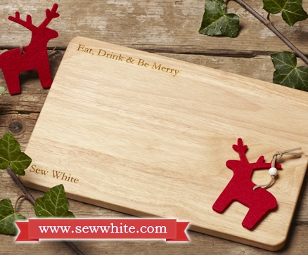 Sew White Christmas 2014 food and drink 20 smiley bum chopping board