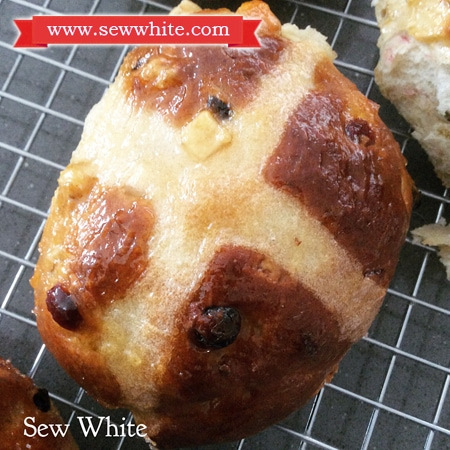 Sew White cranberry and lime hot cross buns recipe 7