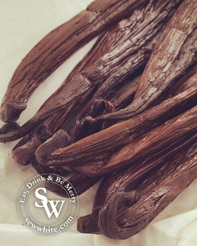 Sew White making your own vanilla extract 2