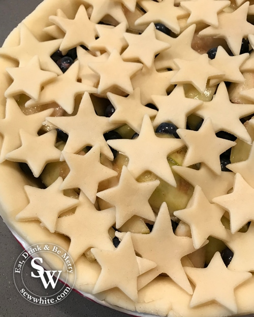 pear pie with star pastry