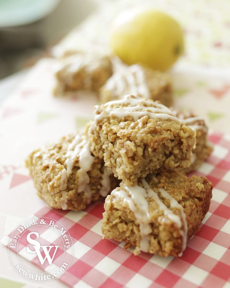 chunky flapjacks made with ginger and lemon for summer