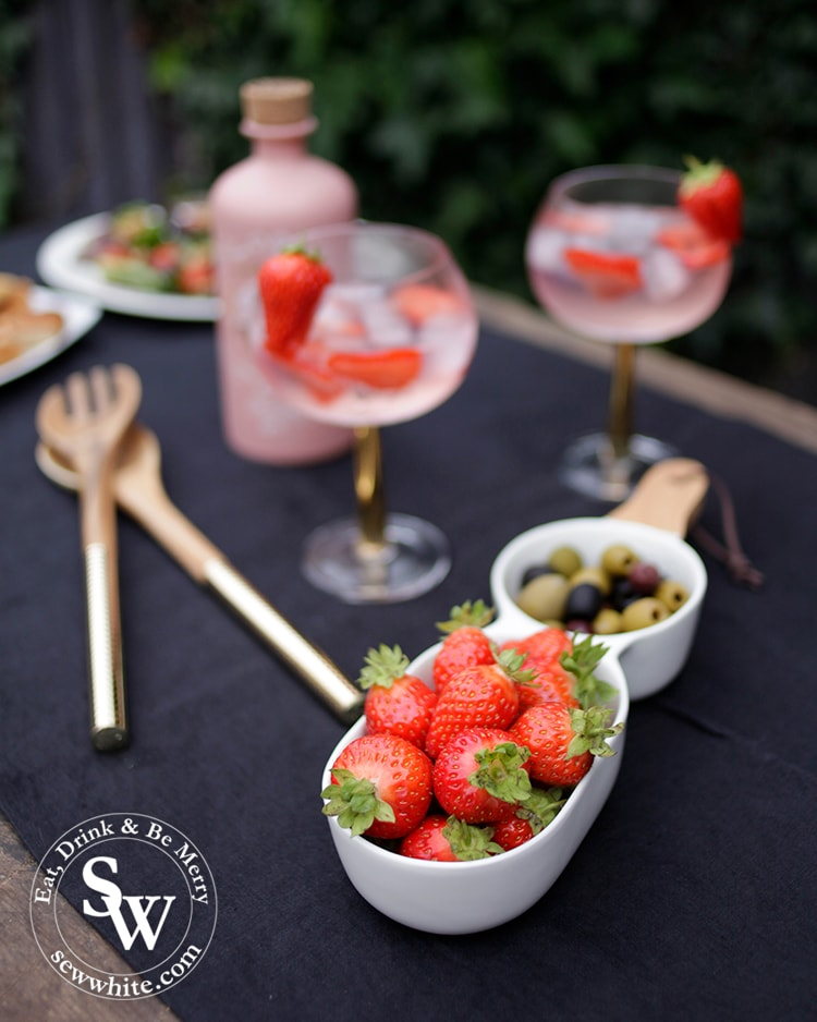 5 Elys Wimbledon Homeware pieces to create a sophisticated summer table