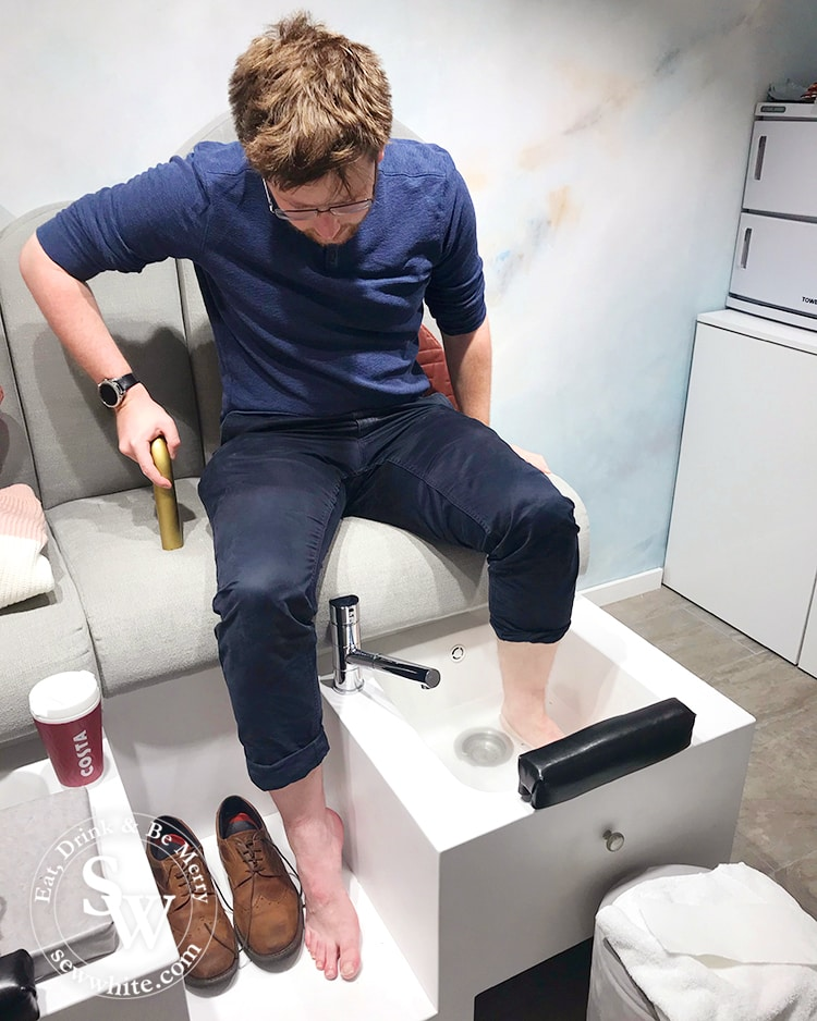 Top 5 Best Gifts for Men 2019 experiences of manicure and pedicure at Londora London