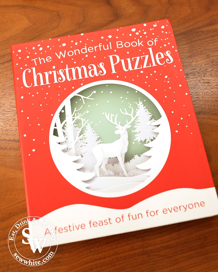 The wonderful book of Christmas puzzles in the top 5 Books for Christmas 2019