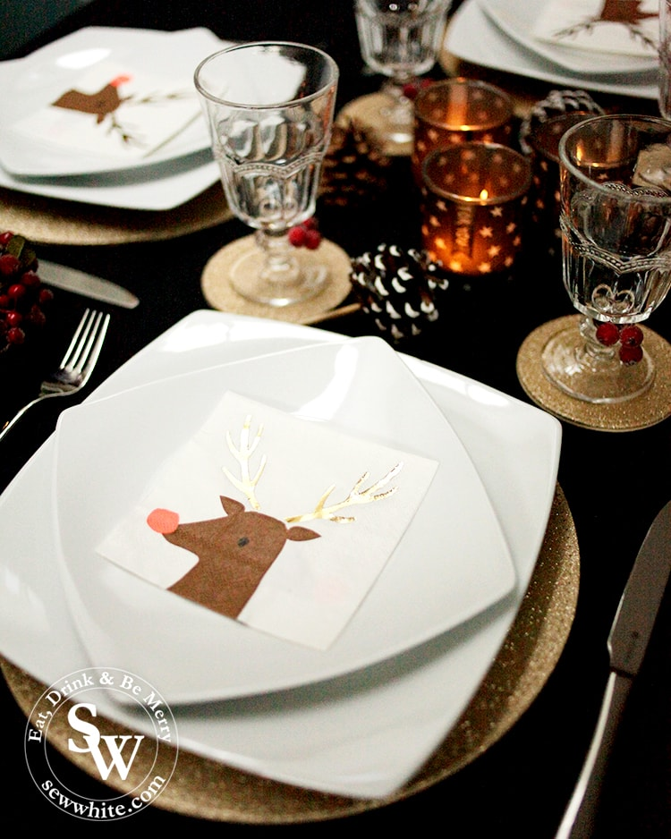Christmas table inspiration with black and gold.